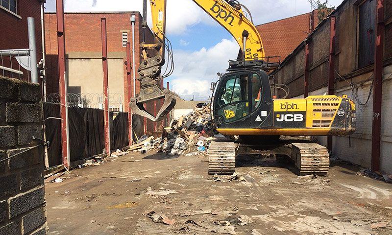 Rubbish Removal East Ham - Fly Tipping Clearance by Manns Waste